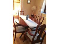 dining table and chairs 4 and 2 carvers