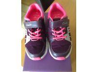 Clarks Gloform trainers - size 10G