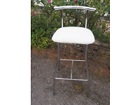 Modern Chrome High Stool, Kitchen Stool, Bar Type/Counter with Cream/Off White Fabric Seat