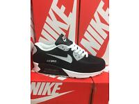 NIKE AIR MAX 90. SPECIAL EDITION