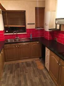 Single & double room near Chadwellheath station from £400 to £600 per month ( Available Now )
