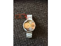 Watches for sale from 10 pounds each to 30pounds each