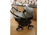 Venicci 3 in 1 travel system