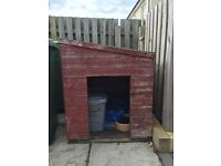 Large wooden dogs kennel