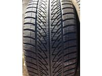 255-35-19 Goodyear winter x4
