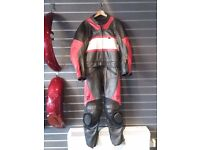 Genuine Triumph 2-Piece Motorcycle Leathers