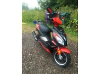 125cc Pulse Twist & Go Moped