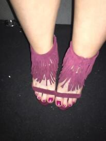 Burgundy heels size 5