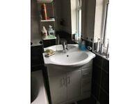 Bathroom Cabinet with mirror and draws