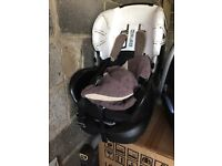 Maxi cosi Priori fix car seat 9 months - 2 years HG3 - needs new cover.
