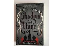 Book Shadow and Bone