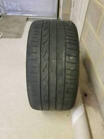 Run flat tyre 255/30/19