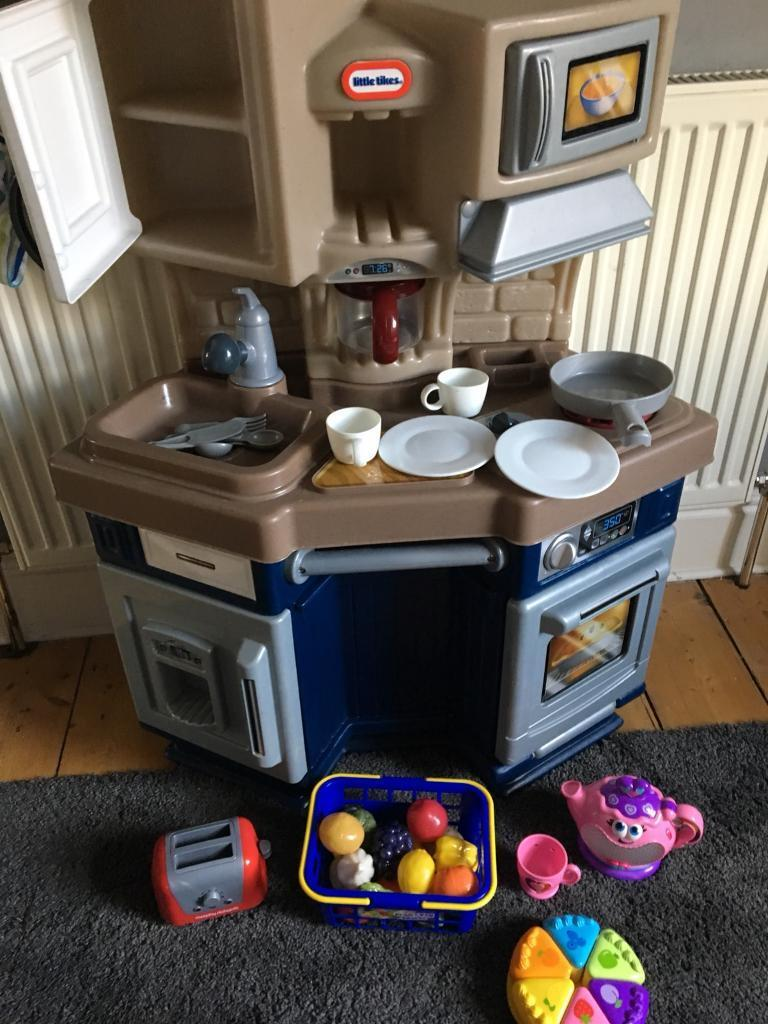 Little tikes kitchen and various accessories