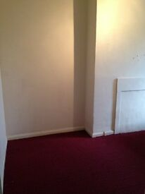 ******1 MONTH FREE RENT CITY-CENTRE APARTMENT WITH PARKING AND CLOSE TO INTERCHANGE/FORSTER SQ******