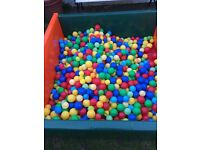 Commercial ball pool