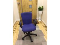 High Back Swivel Office Chair with Armrest