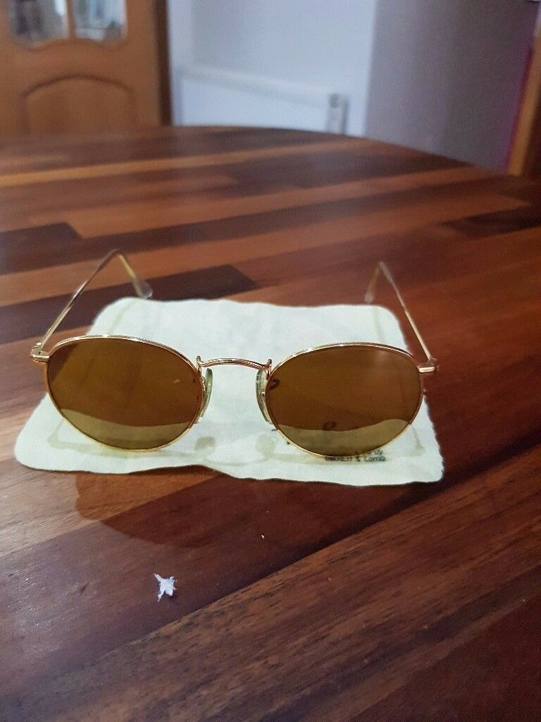 GENUINE VINTAGE RAY BAN Survivors Collection Gold Rim Sunglasses & Case. Never Been worn.