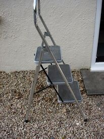 Step Ladders - Robust Stainless Steel Frame with Safety Rail