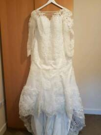 Wedding dress size 12 to 14