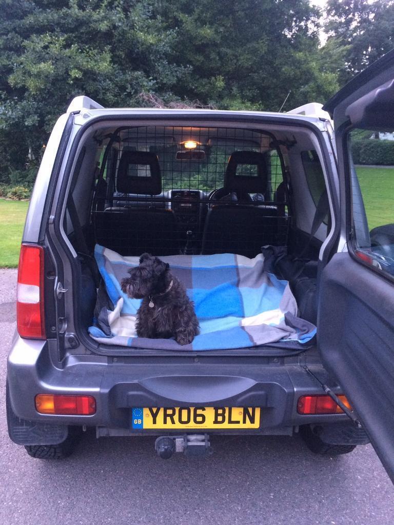 Suzuki Jimny Dog Guard