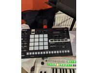 Roland verselab mv1 studio and groovebox