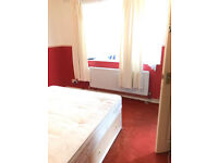 A ensuite (double) room to rent in Barking/Ilford including Bills £580 per month.
