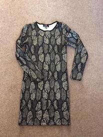Gold and black short sequin dress. Excellent condition ONO