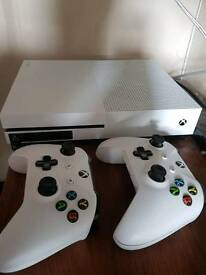 Xbox One S (500Gb + 2Tb) Games & Accessories