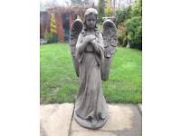 Very large stone garden Angel statue, fantastic detail. New