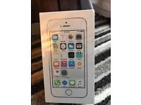 IPHONE 5 s. Brand new sealed box white / silver