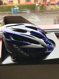 New men's cycle helmet