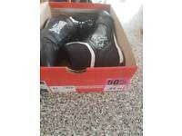 Boxing boots new