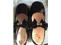 Girls black patent Lelli Kelly shoes