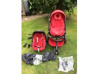 Quinny mood 3 way travel system (car seat base included not shown on photo) with extras.