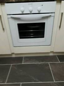 INDESIT OVEN