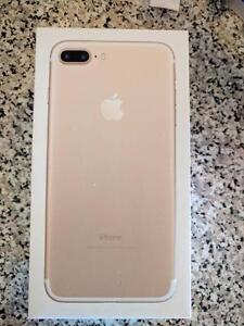 Brand New Sealed Gold Iphone 7 Plus 32 GB Rogers, Fido, Chat-R