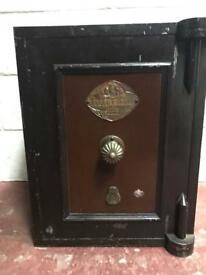 CHUBB AND SONS SAFE
