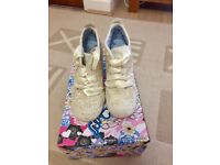 Ladies Heeled Shoe/Boot, Size 5