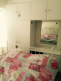 Double Room to rent in Greenford Broadway for 500 PCM bills included and Wi-Fi