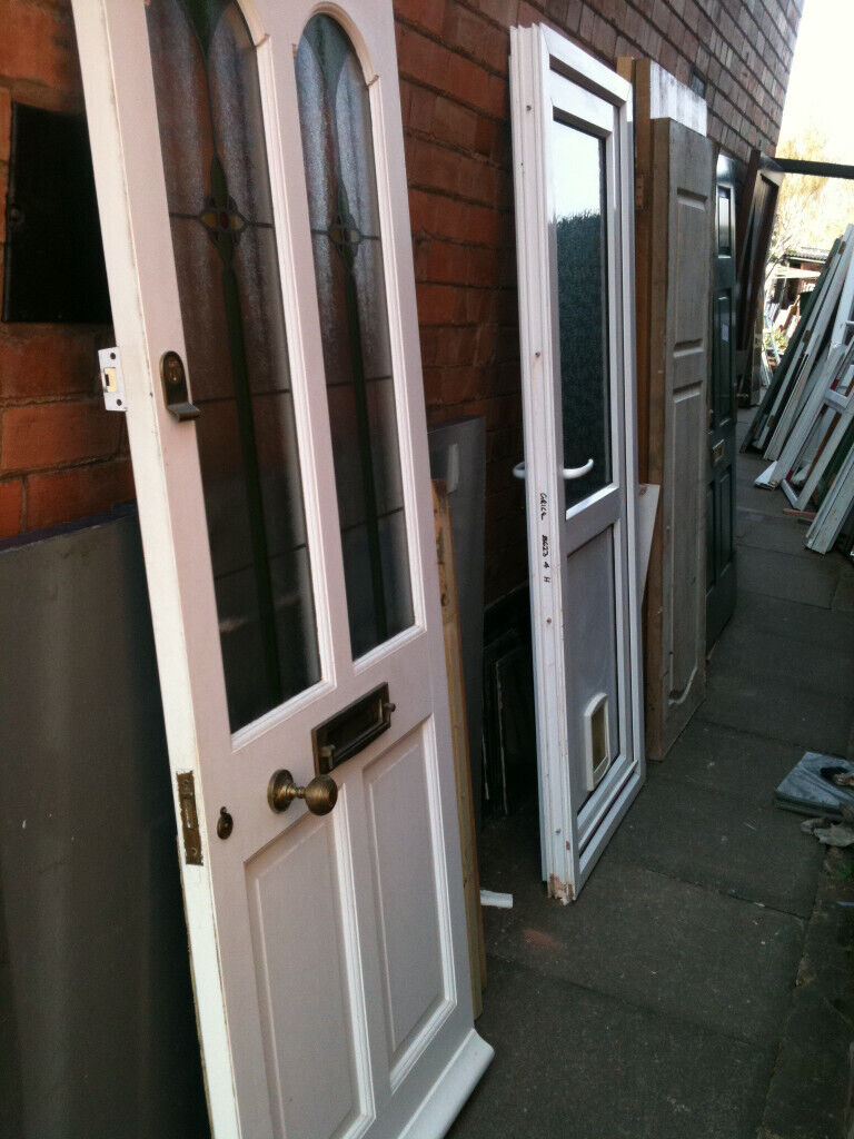 Exterior Wooden Door With 2 Frosted Patterned Glass Panels In Malvern Worcestershire Gumtree
