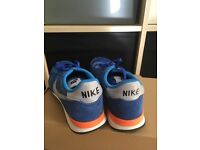Nike Internationals Size 7 Blue