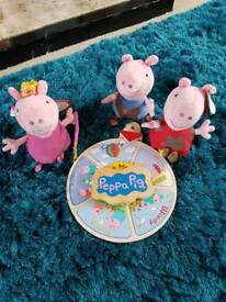 2 peppa pigs 1 george and a weather wheel