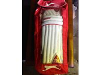 Cricket Pads - Slazenger Pro X-Lite