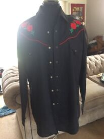'Ely Diamond' Cowgirl Shirt Black Embroidered Red Rose