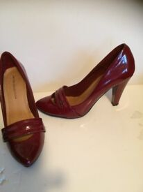 Ladies shoes VGC