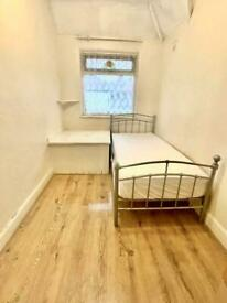 🔑✅SINGLE ROOM TO RENT £100pw /Near Prince Regent DLR Station/Plaistow Station/Newham Area.