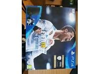 PS4-S 500GB + FIFA 2018 + FPS MOD CONTROLLER