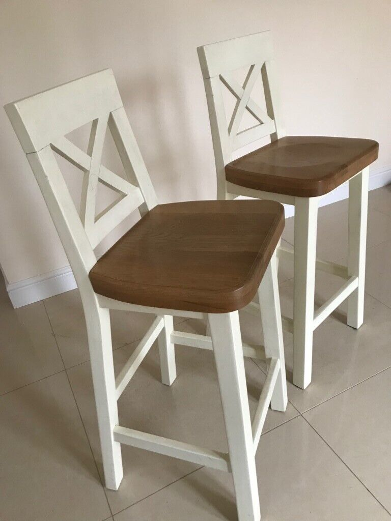 2 Kitchen Tall Chairsbar Stools Contemporary White And Wood Cross