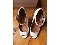 Kurt Geiger London Italian leather heels size 4