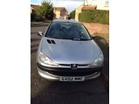 Reduced! Peugeot 206, silver, 2002, nice runner, long MOT, would be suitable as a first car.